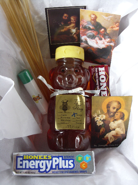 Father's Day Gift Pack #1: 1 Honey Bear+1 Lip Balm+5 ...